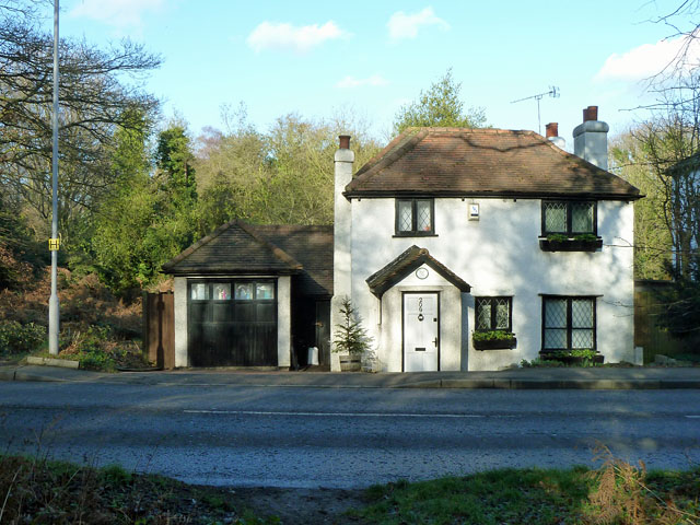 200 Croydon Road, Hayes Common