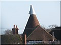 TR1653 : Pippins Oast, Middle Pett Farm, Pett Bottom by Oast House Archive
