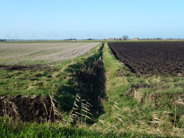 Dyke over Acre Fen near Chatteris