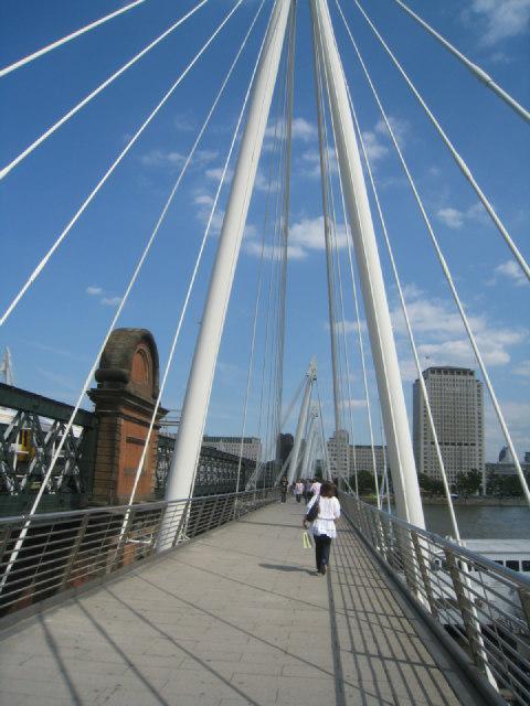 New Hungerford footbridge