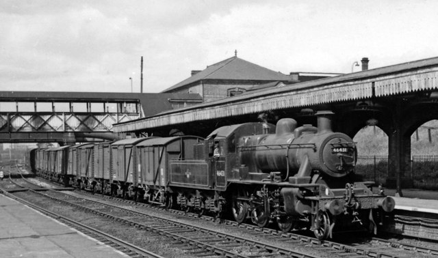Up goods at Willesden Junction