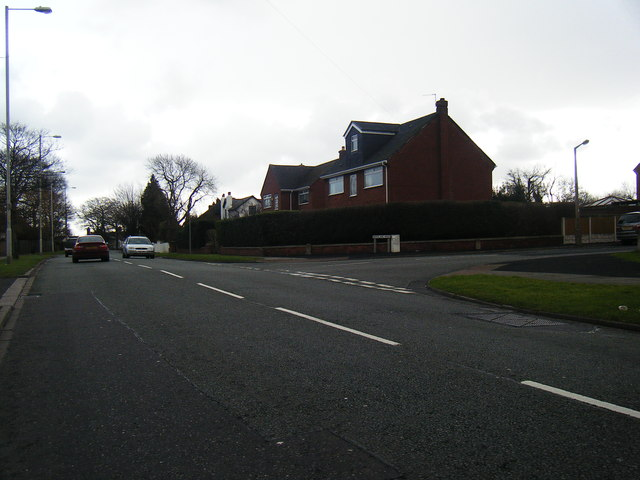 Frankby Road at Woodland Road