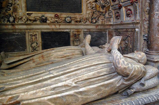 Thomas and Alice Smythe, memorial, St Mary's church, Ashford