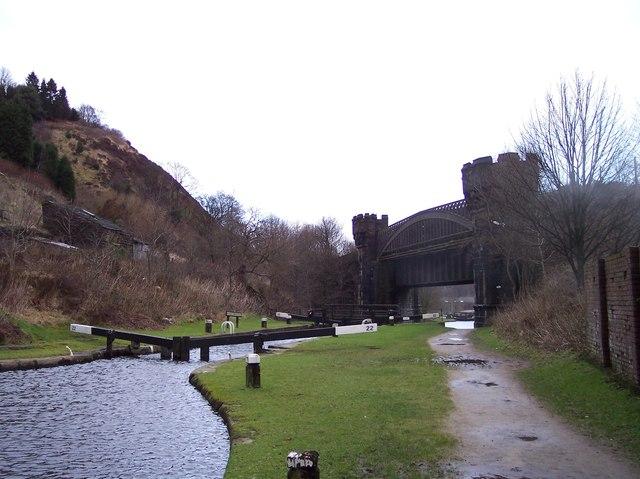 Gauxholme Viaduct spans the Rochdale Canal