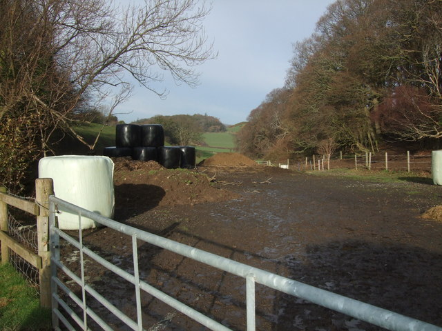 Entrance to field near Rhyd Ifan