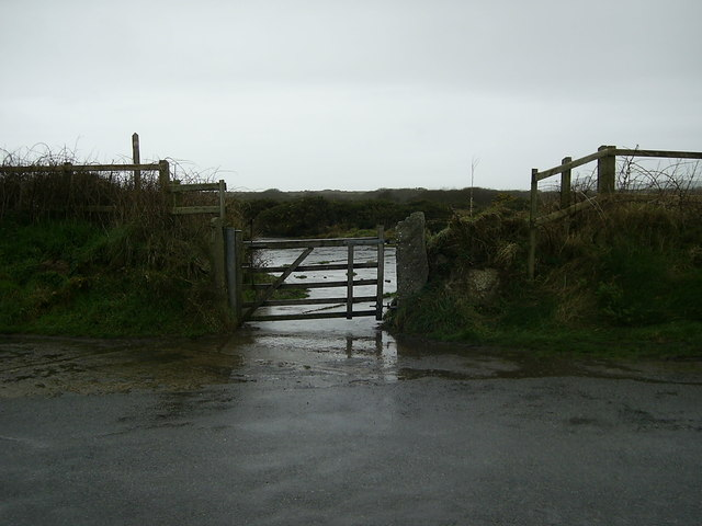 Footpath gate to former St.David's airfield