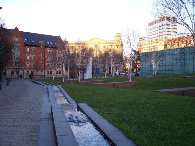 Water features near Victoria Station