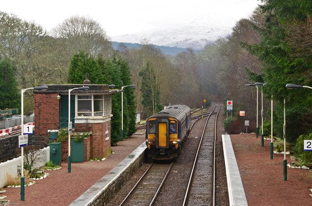 Train entering Spean Bridge station