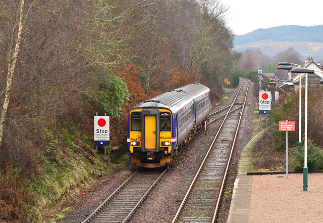 Train approaching Spean Bridge station