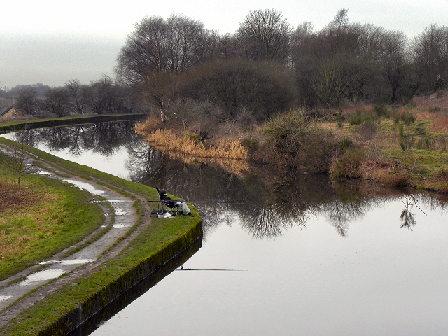 Leeds and Liverpool Canal, New Springs
