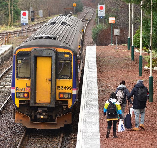 Train at Spean Bridge station