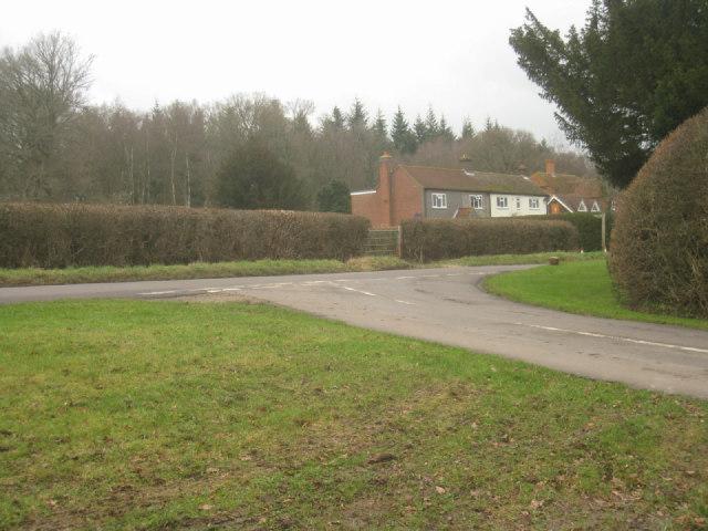 Ham Lane / Wolverton Road