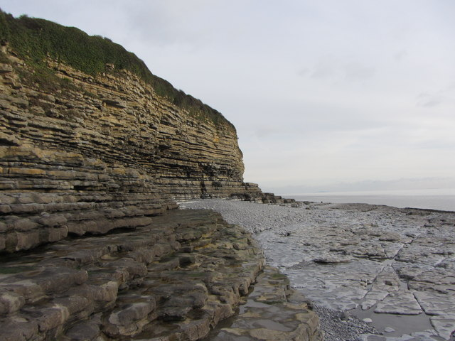 Cliffs at Ffontygari Bay