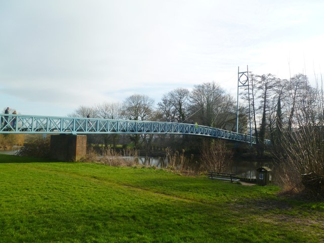 Blandford Forum, suspension bridge