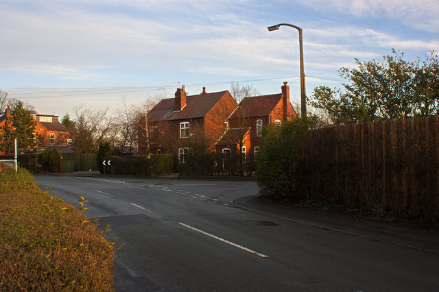 Wigshaw Lane at the junction with Glaziers Lane