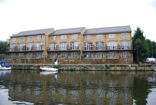 Riverside apartments, River Medway