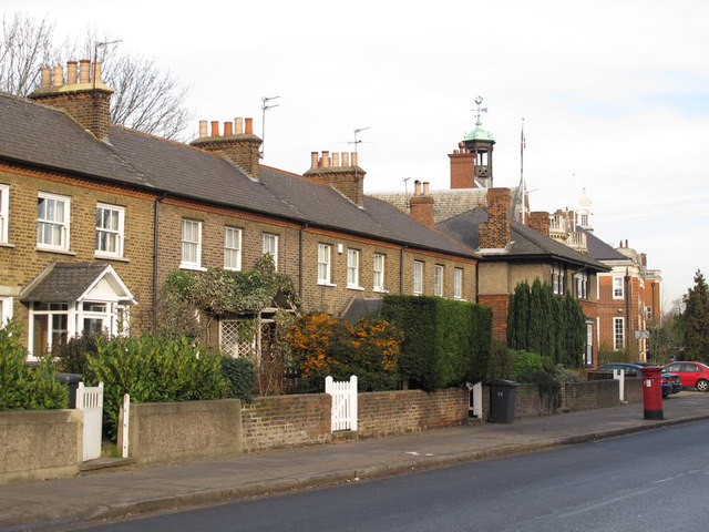 The Burroughs, NW4