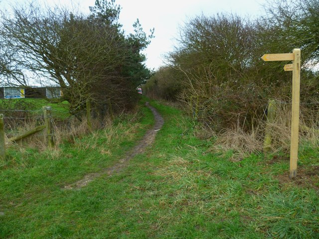 Footpath beside Selsey Country Club