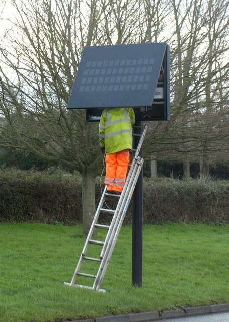 Sign maintenance, Teignmouth Road