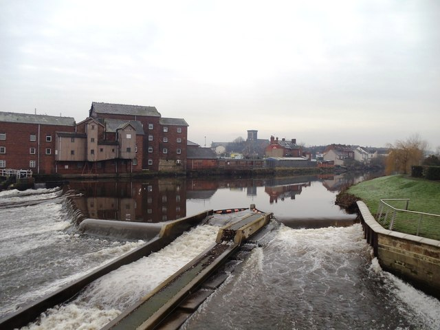 The River Aire, Castleford