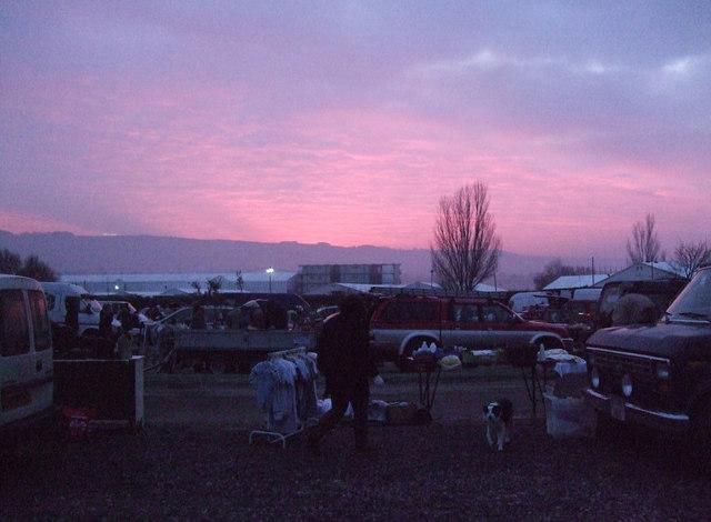 Sunrise at the car boot sale, Cheltenham race course