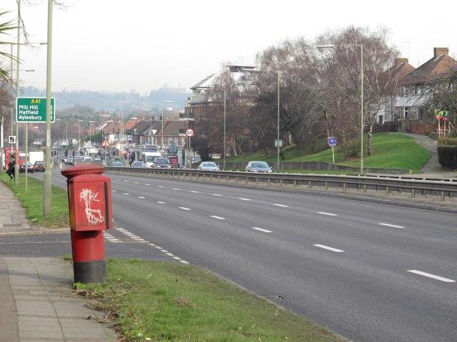 Watford Way (A41), NW4