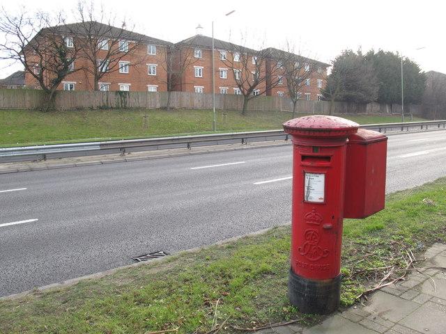 Watford Way (A41), NW4 (2)