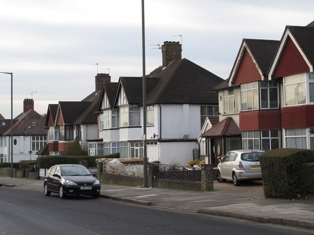Station Road, NW4
