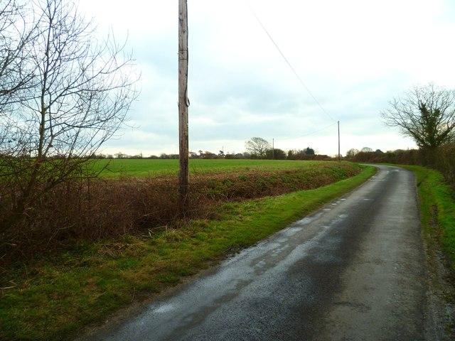 Bend on Rookery Lane south of Sidlesham