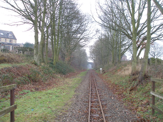 Towards Skelmanthorpe station from the level crossing