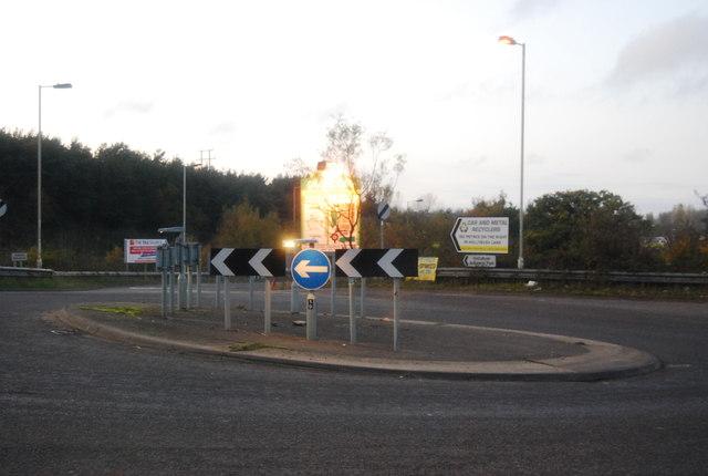 Roundabout, Hollybush Lane