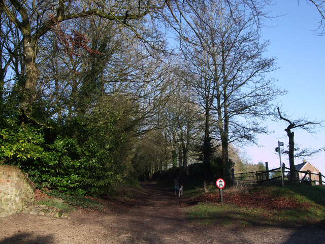 Entrance to Bridleway to Four Barrows, Aldbourne