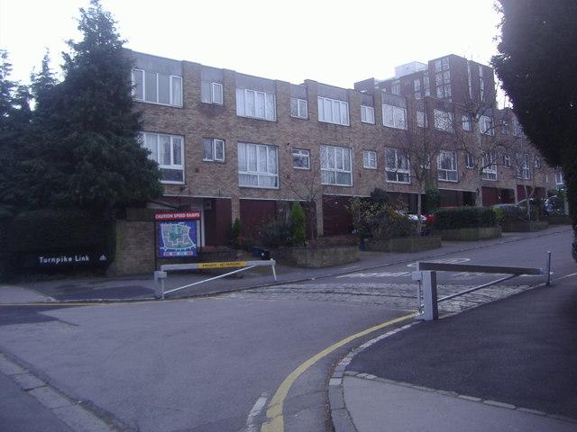 Houses on Turnpike Link, Croydon