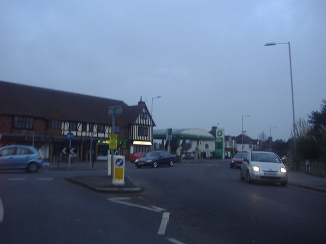 Roundabout on Addiscombe Road and Shirley Road