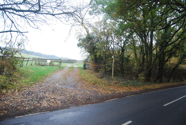 Footpath off Thornden Wood Rd