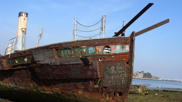 Vadne - starboard, in sun