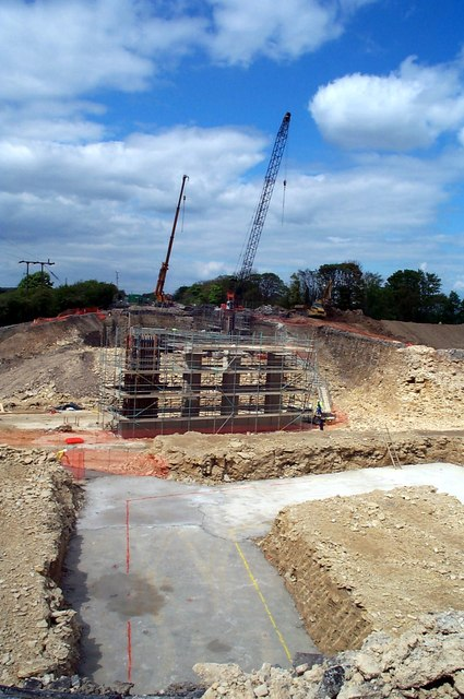 Construction of new A1246 road bridge at Fairburn