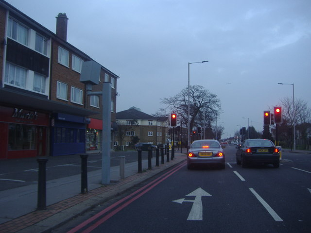 Junction of Wickham Road and Orchard Avenue, Shirley