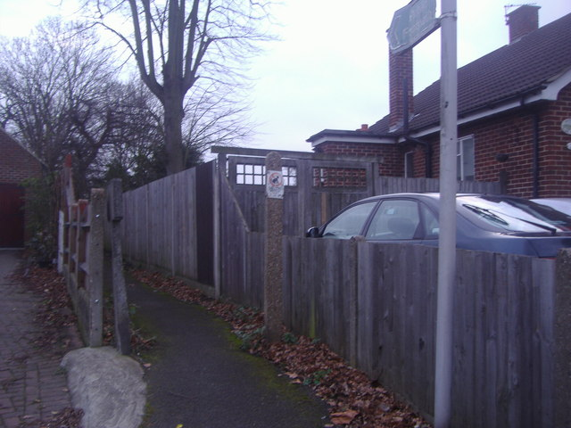 Path off Beckenham Road, West Wickham