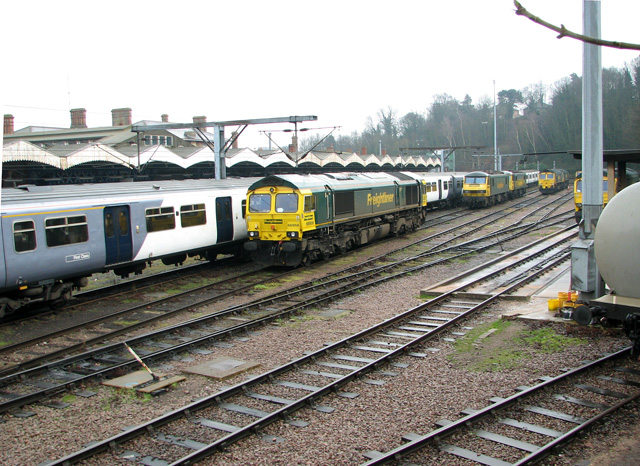 Freightliner locomotives at Ipswich railway station