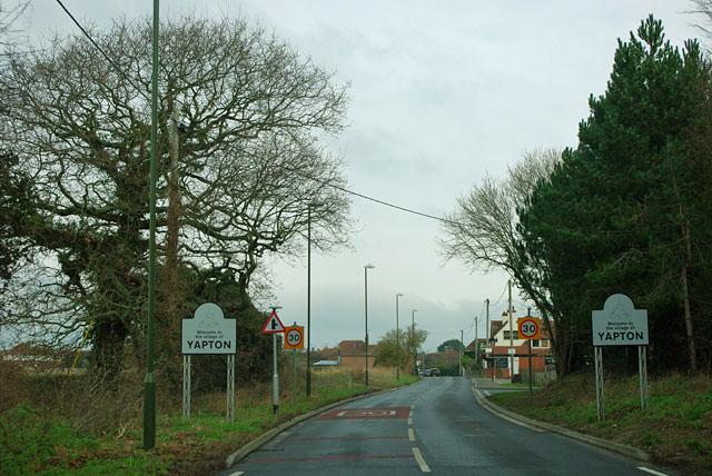Bilsham Road enters Yapton