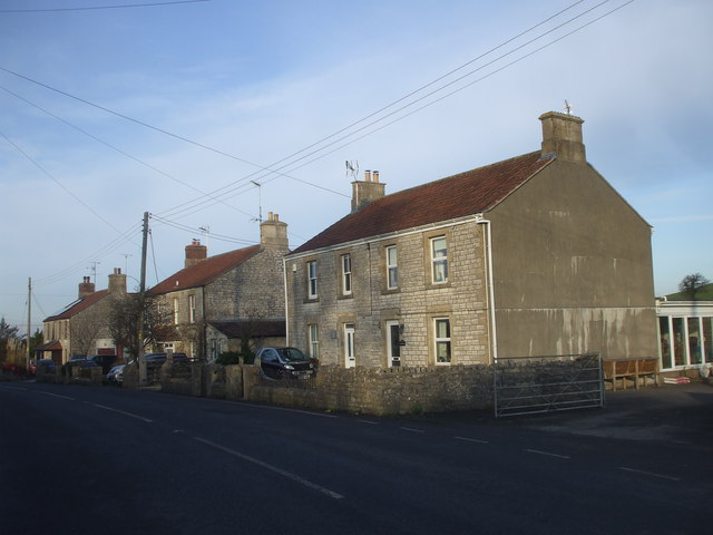 Houses at the point where Timsbury Rd is about to become Bloomfield Rd, near Bloomfield