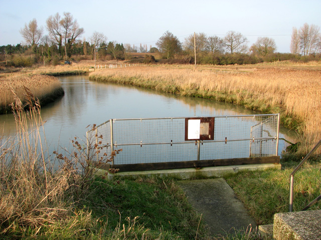 Sluice by Hollesley pumping station