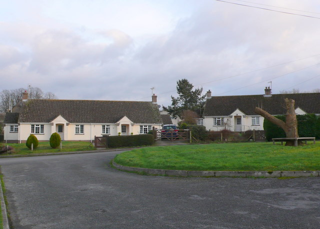Houses in Briantspuddle