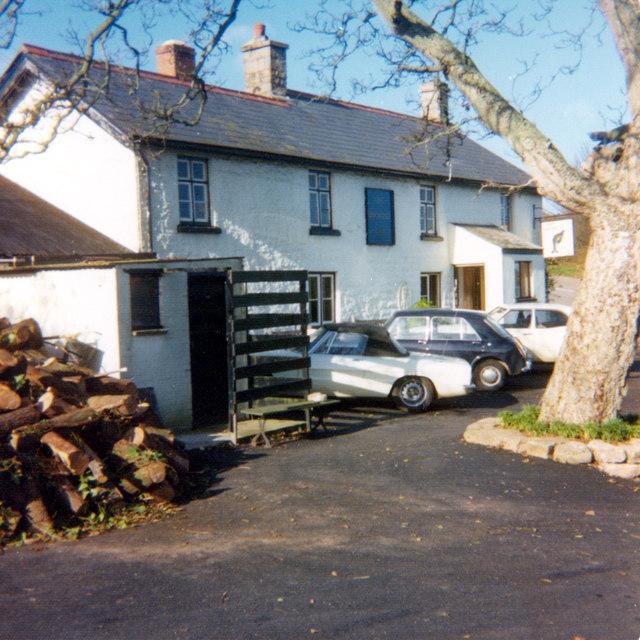 Gockett Inn, 1975