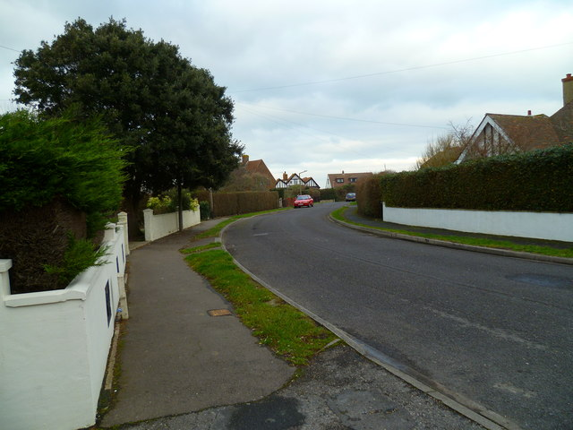 Bend on Vincent Road in Selsey