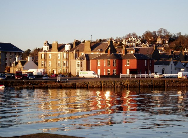 Bright afternoon at Broughty Harbour