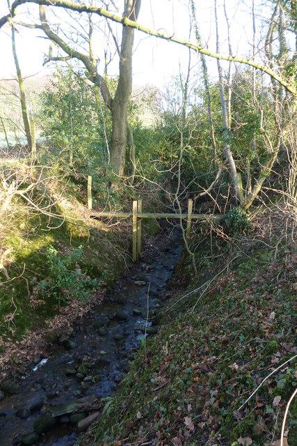 Footbridge over Parkhead Brook