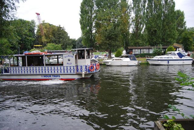 The Allington Belle Sails by