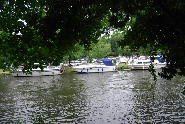 Boats near Allington Marina